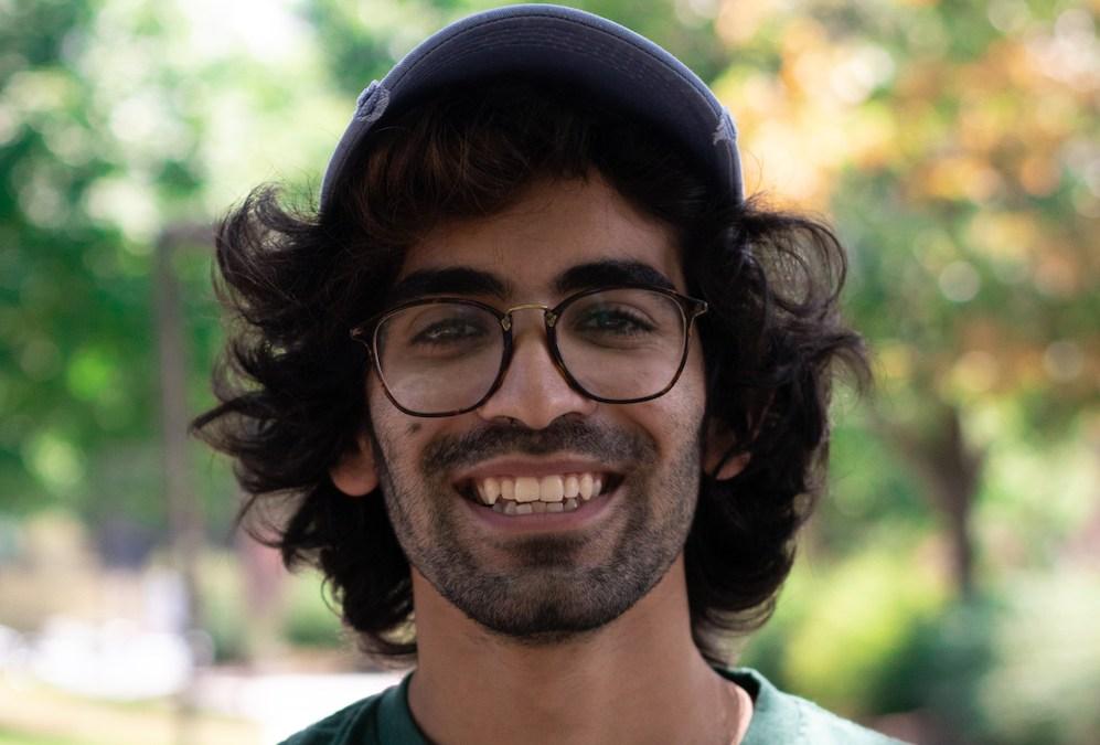 Ravi's Headshot