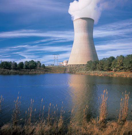 Westinghouse declares bankruptcy casting nuclear plant