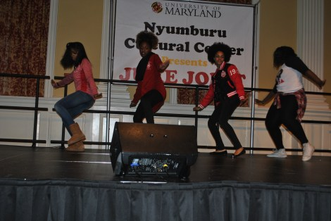 The Kappa Phi Chapter of Delta Sigma Theta Sorority, Incorporated strolling. Mya Green/Pulsefeedz Nov. 3