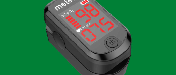 Pulse Oximeter Fingertip, Blood Oxygen Saturation Monitor Heart Rate Monitor Meter, Portable Spo2 Oximeter with 2 Batteries and Lanyard (Classic Matte Black)
