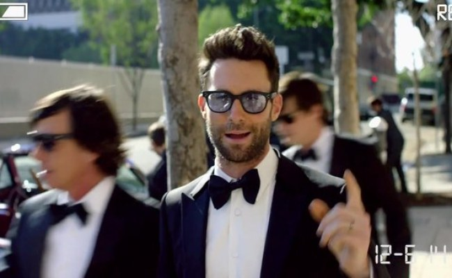 Maroon 5 Crashes Real Life La Area Weddings For New Music