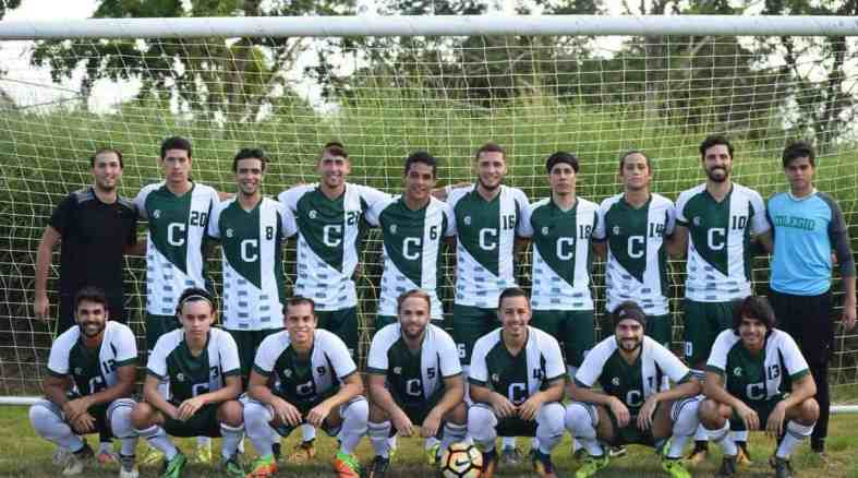 Tarzanes triunfan contra Toritos en el fútbol