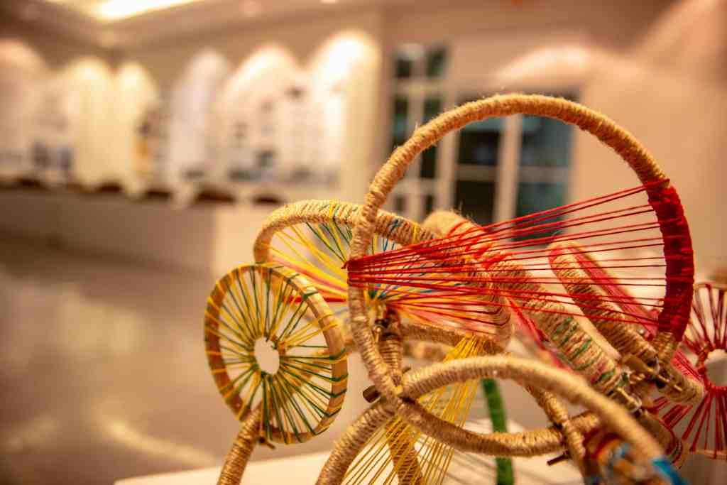 La Escuela de Arquitectura exhibe los trabajos de sus estudiantes