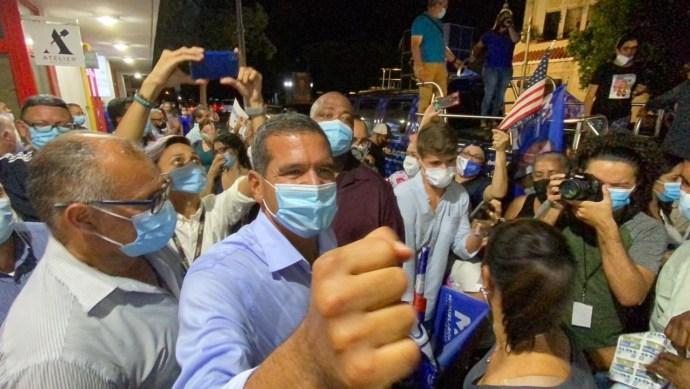 Pedro Pierluisi celebra su victoria