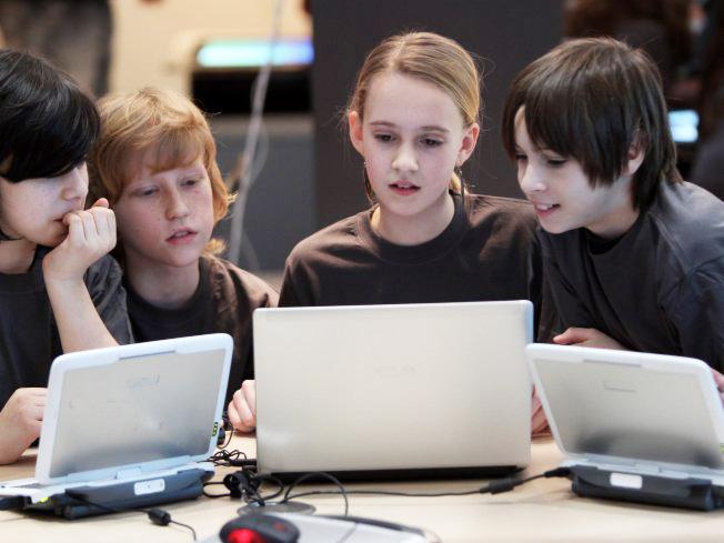 Perfil de la generación Z, adolescentes y niños de la era de la hiperconexión