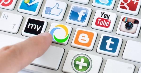 teclado-redes-sociales-com-health-p-1030x360