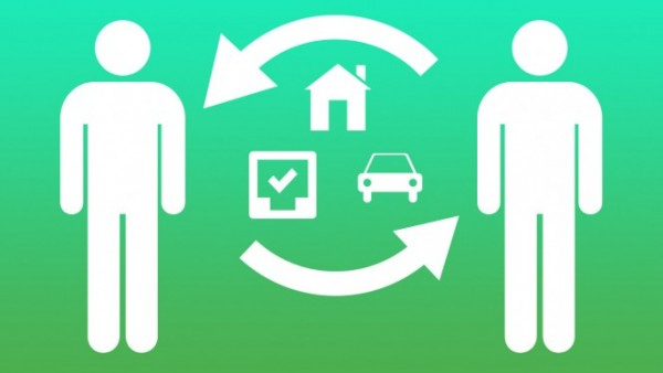 Two-people-share-car-house-tasks-664x374