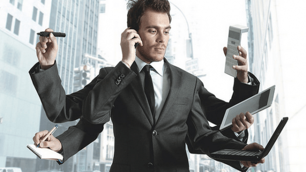 businessman_multitasking