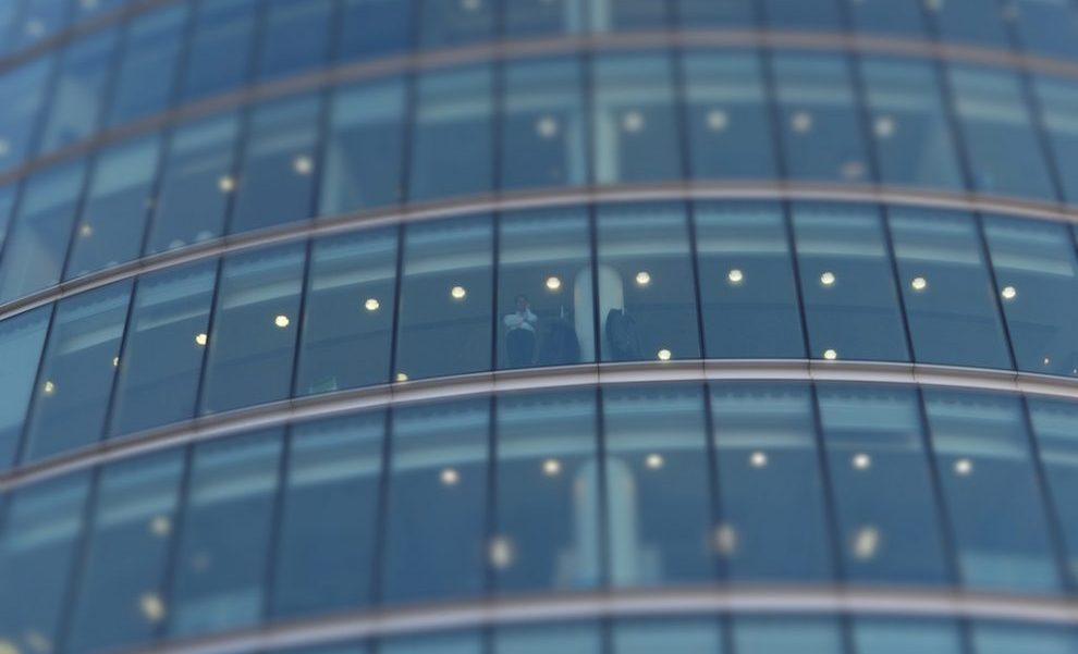 Empresas y Startups: La era de la disrupción corporativa