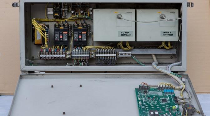 日立 増圧給水ポンプ 制御盤 BU50-3.7HR