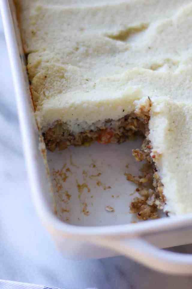 Lentil Loaf with Creamy Cauliflower Mash {vegan, gluten free} // pumpkinandpeanutbutter.com