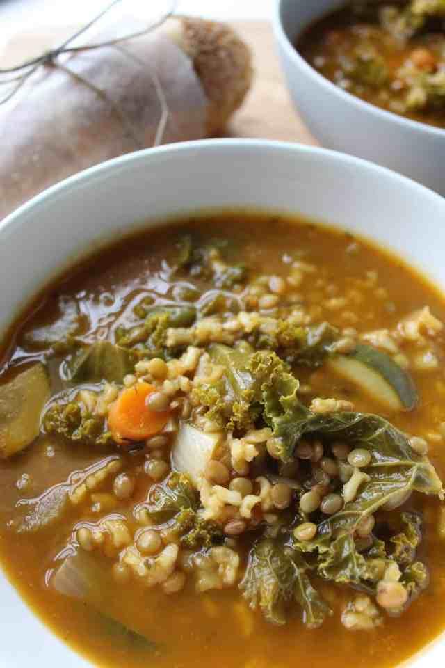 Autumn Lentil Veggie Soup // pumpkin & peanut butter
