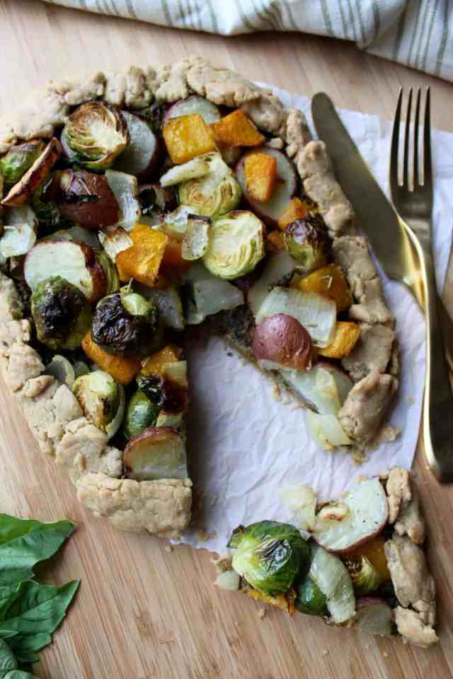 Whole Wheat Roasted Vegetable & Pesto Galette // pumpkin & peanut butter