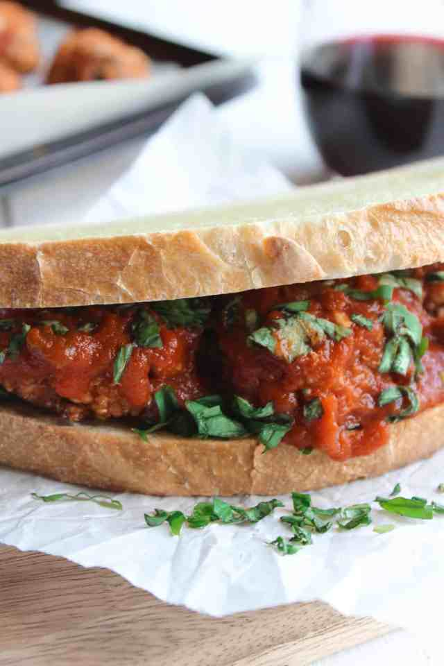 Mushroom Quinoa Meatball Sandwiches {vegan, gf option} // pumpkinandpeanutbutter.com