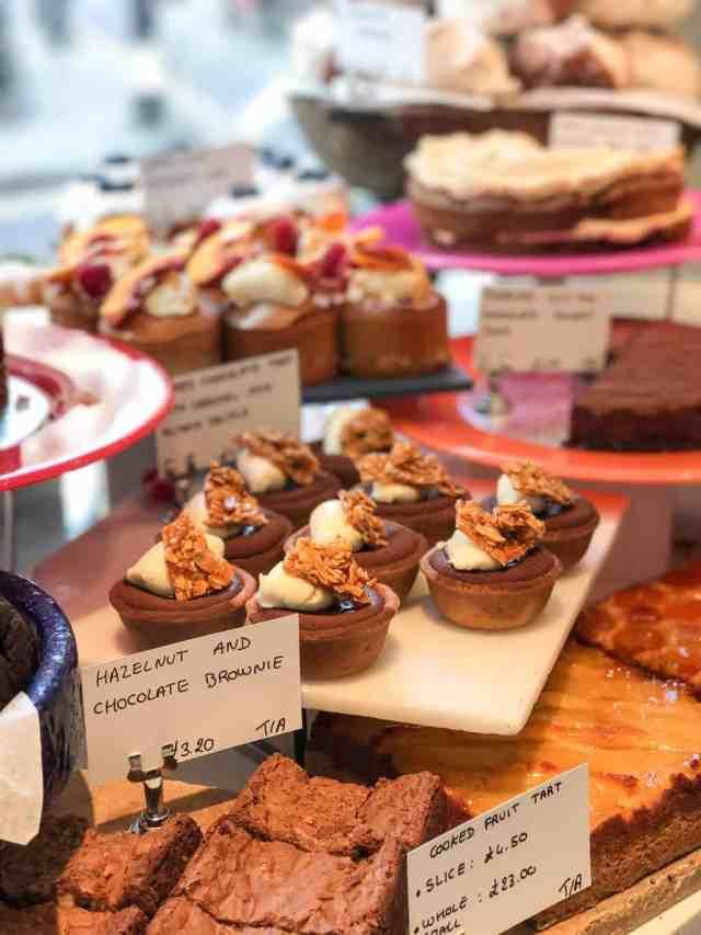 Where to Eat Healthy in London || pumpkin & peanut butter