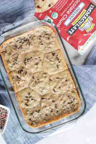 """Chocolate Peanut Butter """"Crack"""" Cookies #ad"""