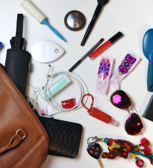 Top 7 Items I Must Have in My Purse!