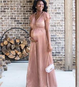 3 Maternity Looks Perfect for New Year's Eve!