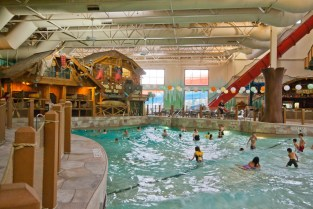 Great Wolf Lodge Wave Pool