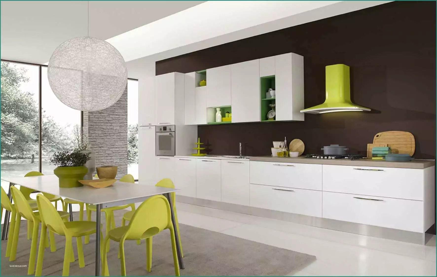 Colori Cucina Moderna E Cucina Moderna Con Penisola