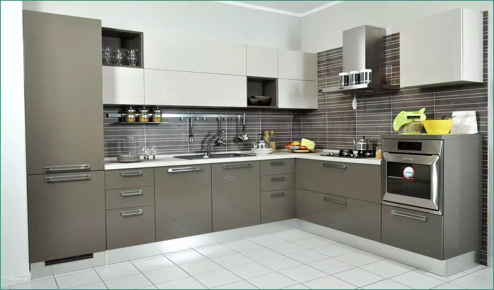 Cucine Moderne Ad Angolo - Idee per la decorazione di interni ...