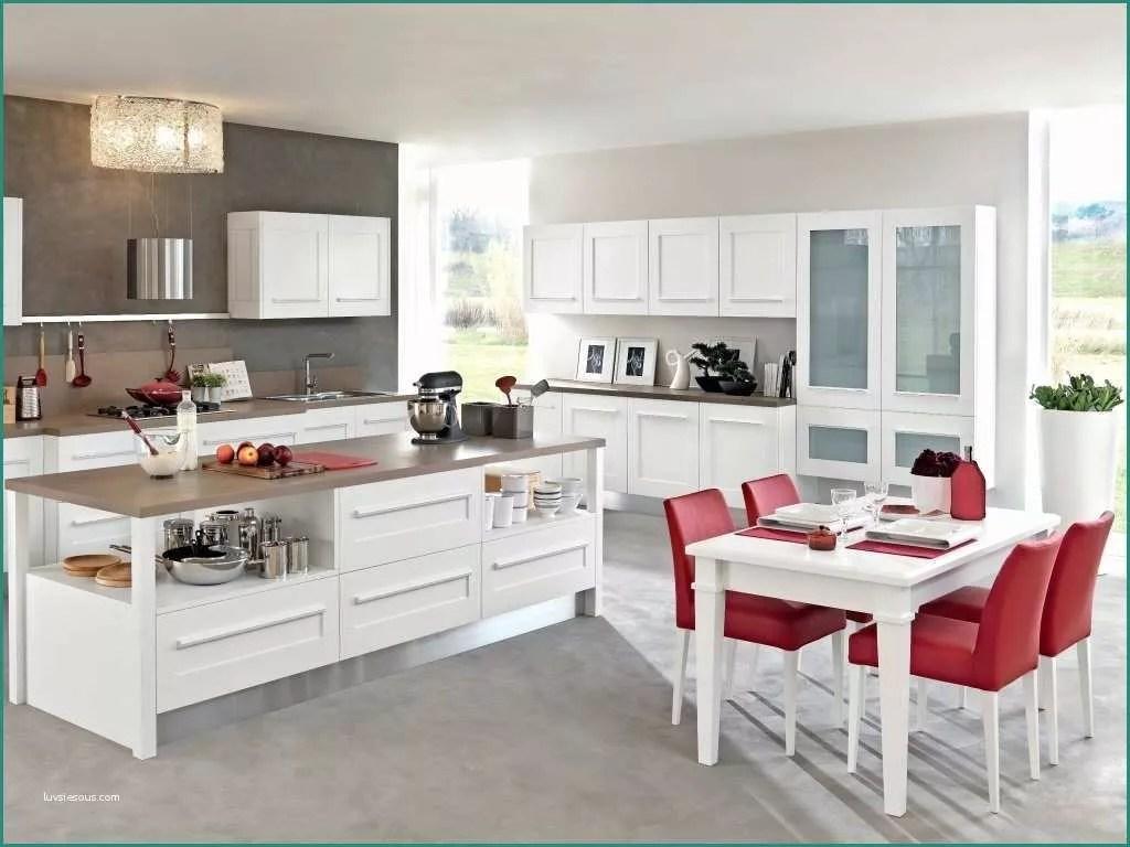 Cucine Ad Angolo Lube | Cucine Moderne Componibili Lube Nilde ...