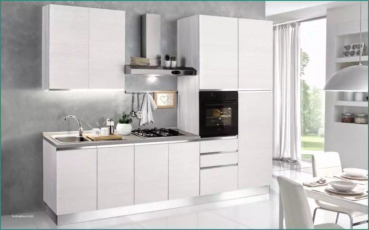 Outlet mondo convenienza decorazioni per la casa for Outlet per la casa