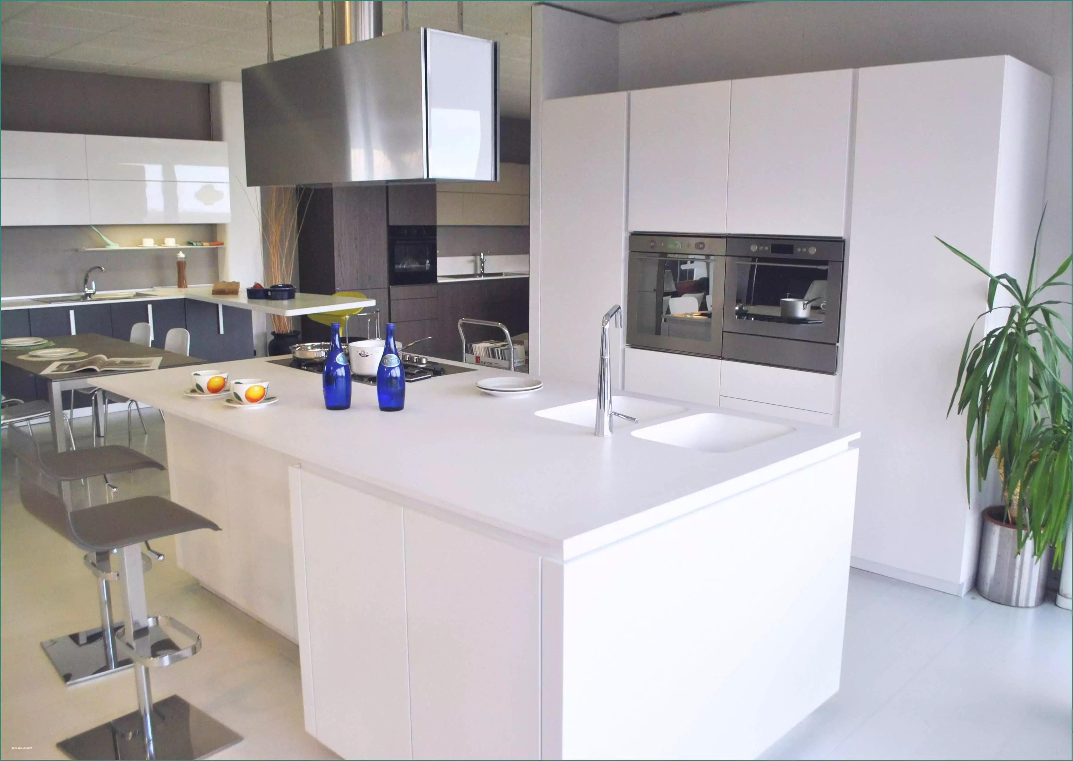 Cucine Snaidero Outlet E Outlet Arredamento Milano Idee Di