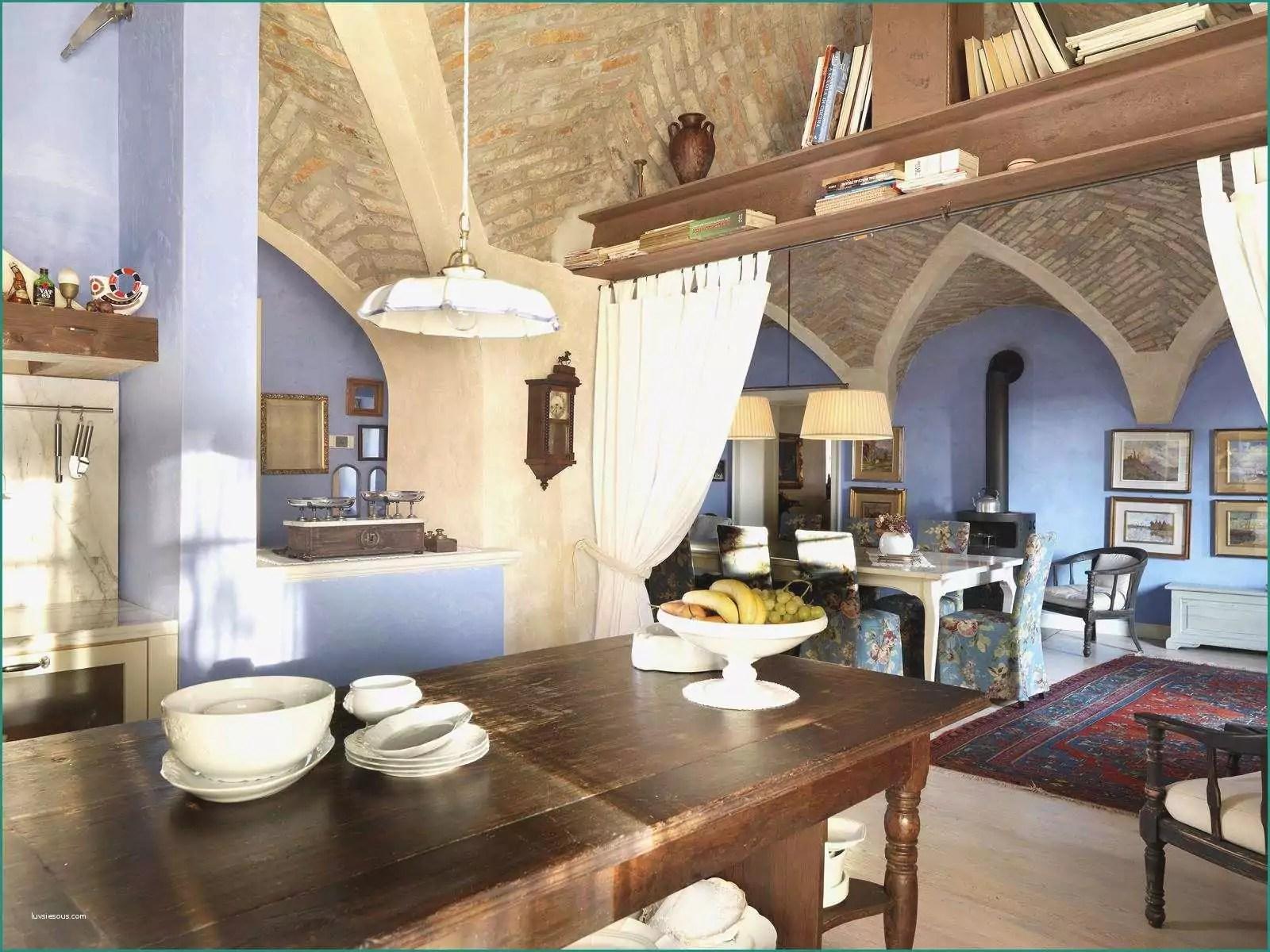 Disposizione Salotto Sala Pranzo E soggiorno Tavolo E