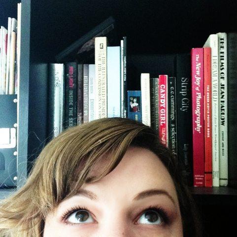 #Bookshelfies: Selfies for Bookworms