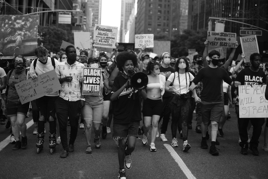 During a Day of Protests Without Arrests, Politicians Join in Call For Police Reform