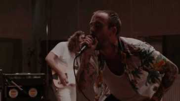 IDLES – Helter Skelter (Live at Abbey Road)