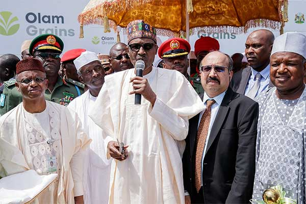 Buhari commissions largest integrated animal feed mills, breeding farm and hatchery in Sub-Saharan Africa (Pictures) - Brand Spur