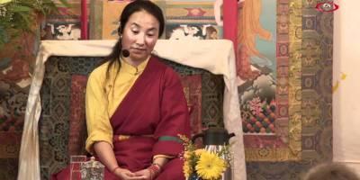 Khandro Tseringma on throne.