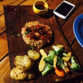 grilled-chicken-steak-with-wine-sauce