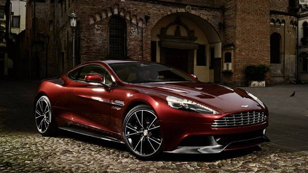 10 Top Luxury Car Brands ASTON MARTIN VANQUISH