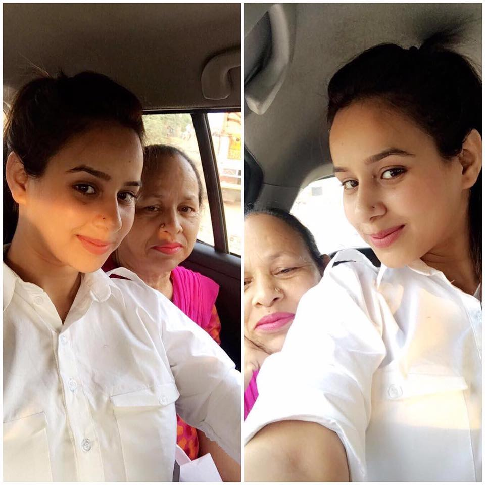 sunanda sharma mother