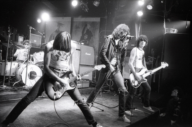 ramones_featured