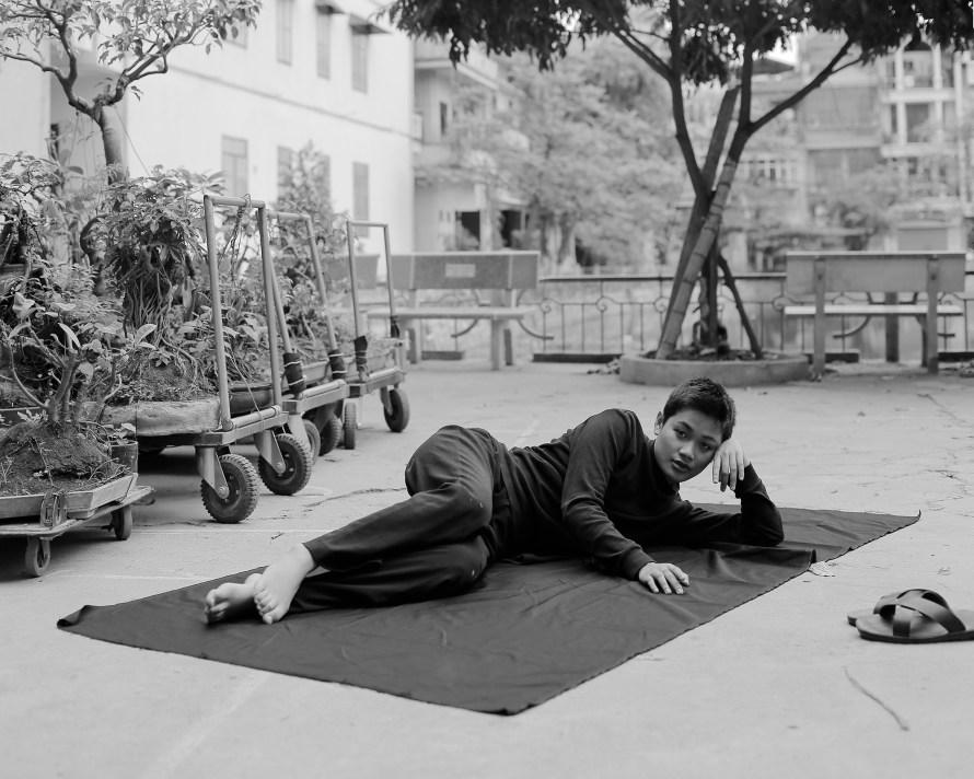 Kudász Gábor Arion: Mai fekete négyzeten, Hanoi, 2019. Részlet a Great depression sorozatból