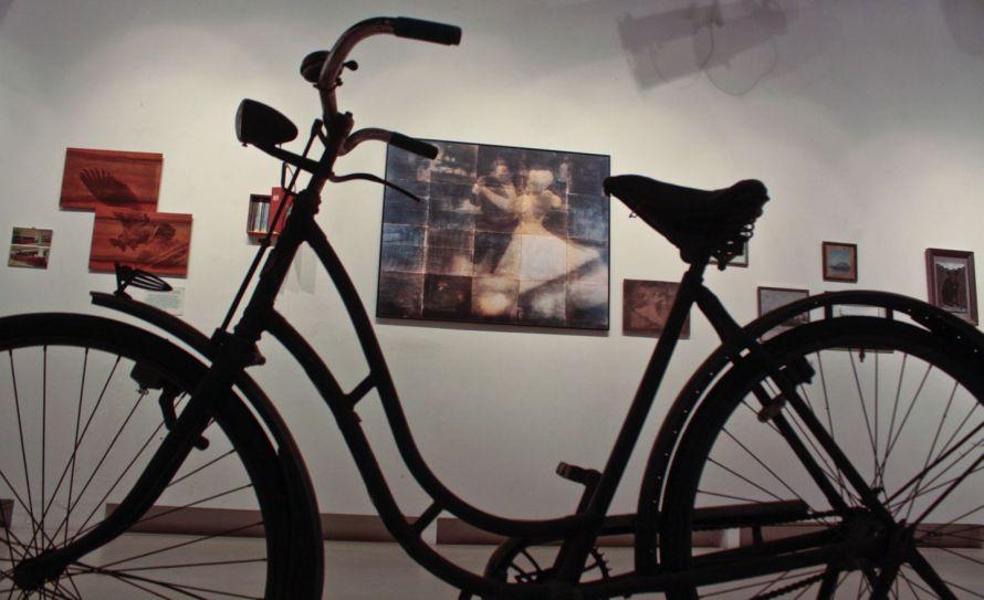 Minyó Szert Károly fénykerékpárja az A38 hajón © Minyó Szert Károly