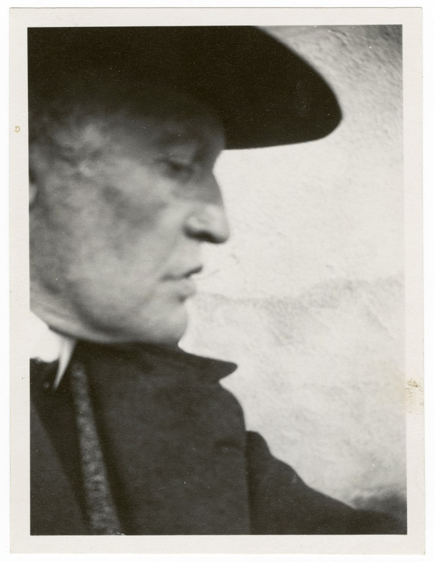 Edvard Munch, Self-Portrait in a Hat in Pro le Facing Right, 1930 © Courtesy of Munch Museum