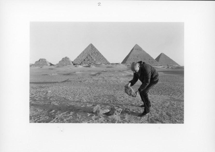 Fotó: <b>Duane Michals</b>: I Build a Pyramid, 1978<br> © Duane Michals. Courtesy of DC Moore Gallery, New York