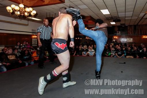Suge D. vs. Buddy Roberts Jr.