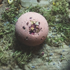 Gothic Valentine Gift Ideas - The best gift guide for the dark heart - Rose Milk Bath Bomb