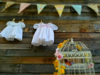 This afternoon tea party baby shower is so cute! Filled with great ideas and diy craftyness. Visit Punkymoms.com to find more decoration ideas for a tea party shower.