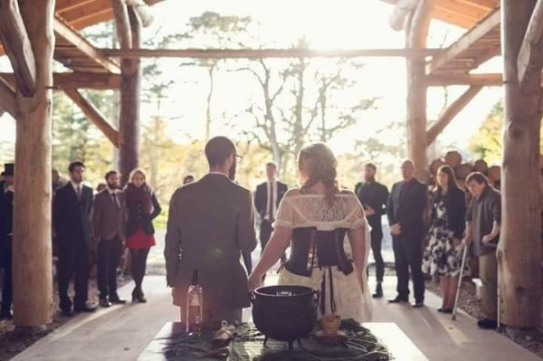 Zelle's Handfasting Ceremony - A roundup of our favorite Punky Mom Weddings Ever PLUS a Bonus Modern Love Mixtape of alternative songs to play to walk down the aisle.