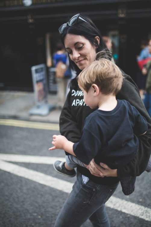 Punky Moms Guide - The Best Alternative Parenting Website On This Planet. New To Punky Moms? Take a read at this handy guide and learn all about what we have to offer you. Parenting advice, meetups, online communities etc.