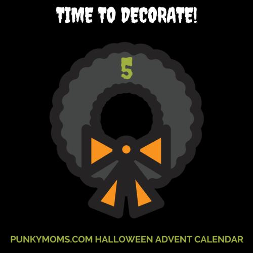 Halloween Advent Calendar - Create your own Halloween wreath DIY Tutorial