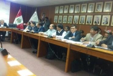 Participaron alcalde de la región Puno y bancada parlamentaria puneña.   Fuente: Gobierno Regional Puno