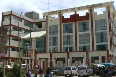 Directores buscan reposición de cargos en 95 colegios de Puno
